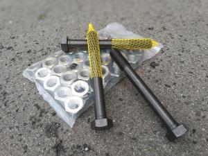 Spojovací materiál - zakázková výroba